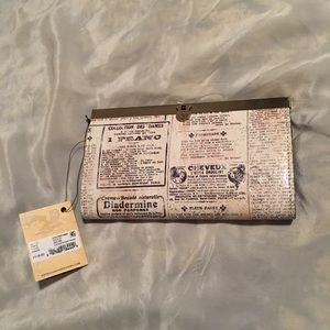 Patricia Nash Cauchy Newspaper Print Wallet, nwt